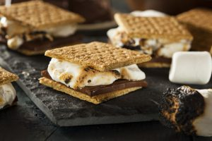 Enjoy your time at Cane Creek Marina on or off the boat, and at the RV campsite with the number one campfire essential: s'mores!